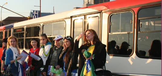 Miss World representatives take Rea Vaya to the game